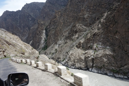 The road to Skardu