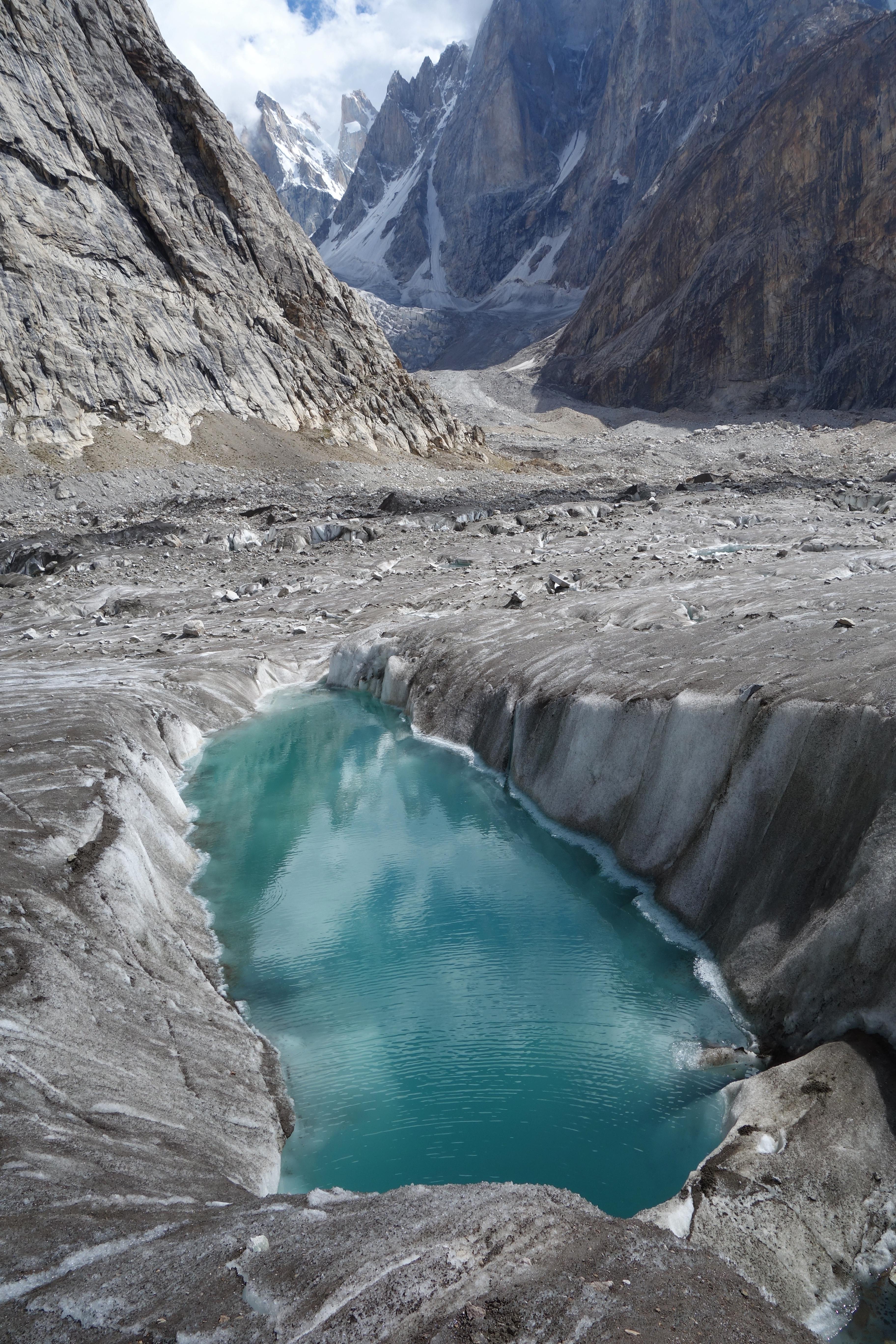 Crevasse Crossing One Long Peel