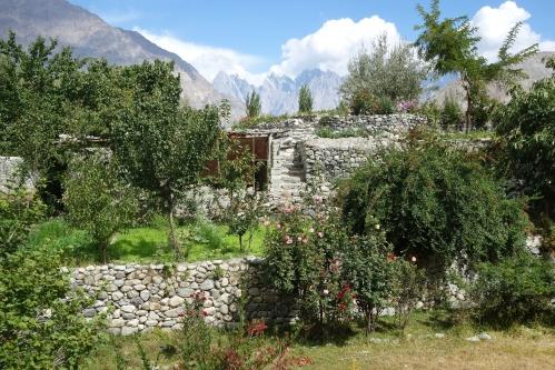 Khaplu garden