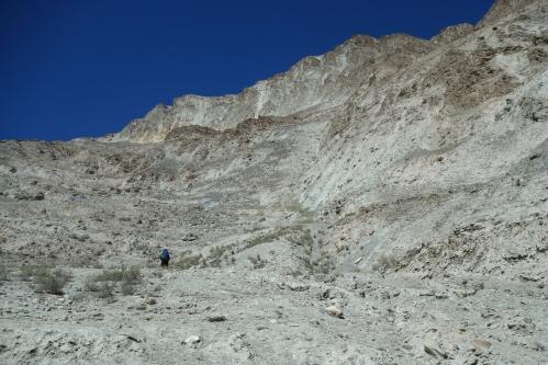 Climbing Machulu La