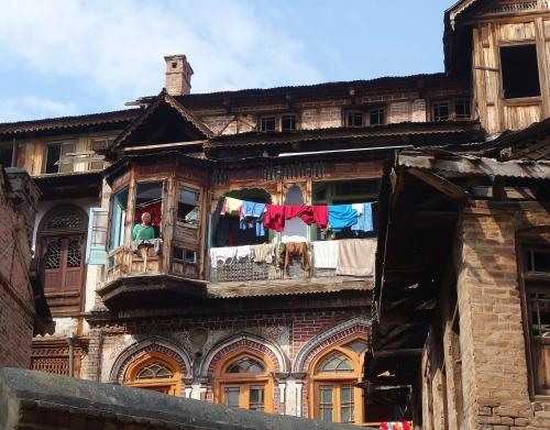 Srinagar House