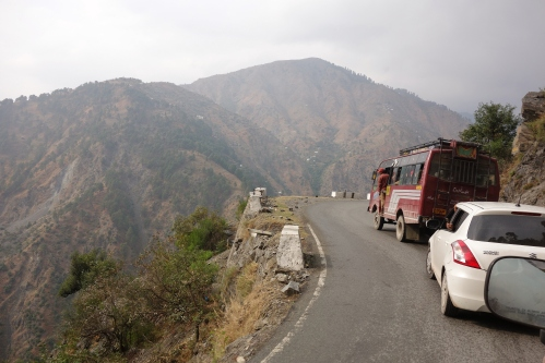 Jammu road to Srinagar