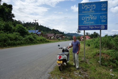 The road to Vientiane